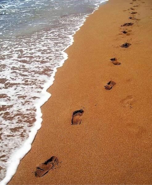 Footprints photo